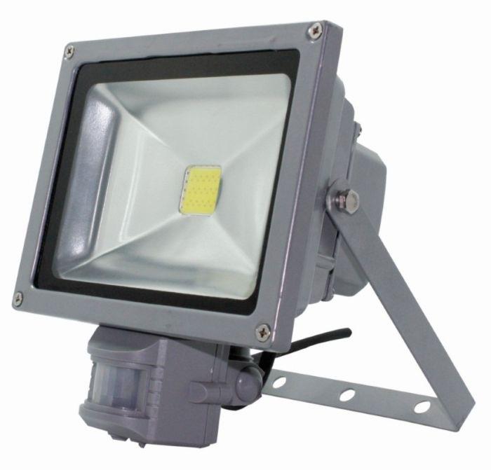 Proiector LED pentru exterior 30W cu senzor miscare,  waterproof